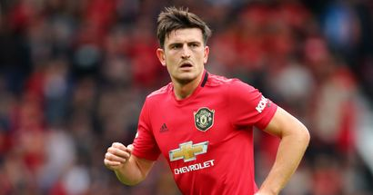 Maguire calls Nuno out and instructs Wan-Bissaka: 2 episodes showing Harry's vocal side