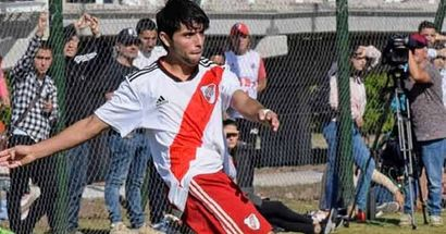 Chelsea among clubs reportedly keeping tabs on teenage River Plate right-back Luciano Vera