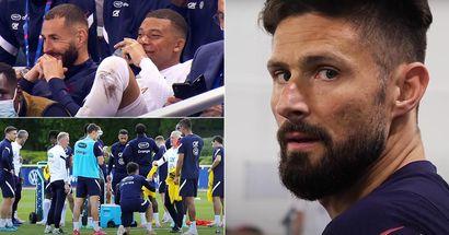 """Kameras nehmen während des Trainings Kylian Mbappes Worte über """"Inzaghi"""" auf. Es könnte ein Hinweis auf Oliver Giroud sein"""