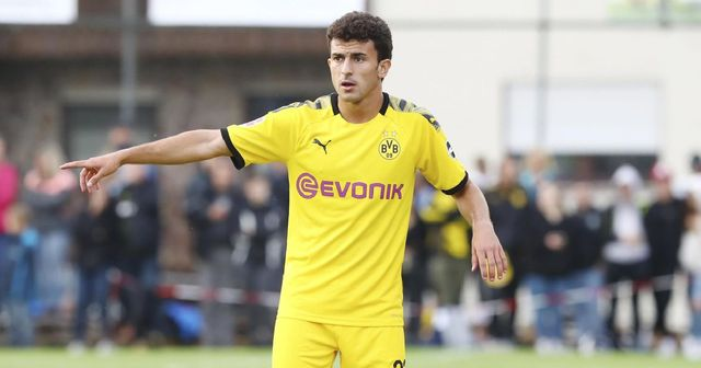 Mateu Morey: Das heutige Geburtstagskind, das zum besten Hakimi-Ersatz bei Dortmund werden könnte