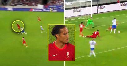 Ritorno in campo da incubo per Van Dijk con il Liverpool: il difensore umiliato da Stefan Jovetic