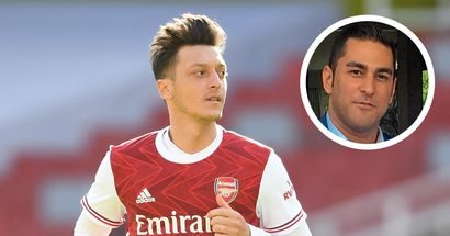 Mesut Ozil's agent: 'Mesut's priority is to stay. In the next seven to ten days, the situation will be a little clearer'