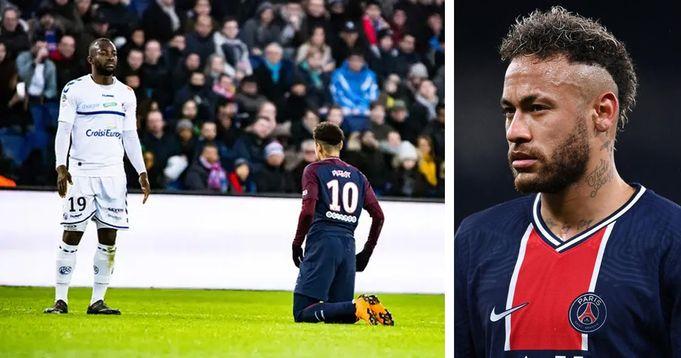 Retour sur la photo qui a créé un déferlement sur les réseaux ou on voyait Neymar agenouillé face à Bahoken au Parc des Princes en 2018