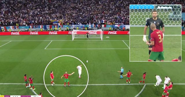 Spotted: What Pepe told Portugal goalkeeper Rui Patricio before Benzema's penalty