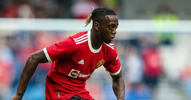 Man United 'lose patience' with Wan-Bissaka & 3 more under-radar stories at Old Trafford today
