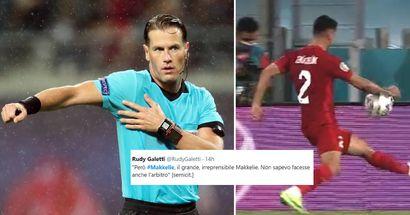 """L'arbitro Makkelie non vede un rigore solare per l'Italia contro la Turchia, i tifosi: """"Mi ricorda Moreno"""""""