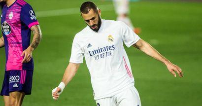 Benzema celebra con un doblete un nuevo récord: igualó a Roberto Carlos como no español con más partidos con el Madrid