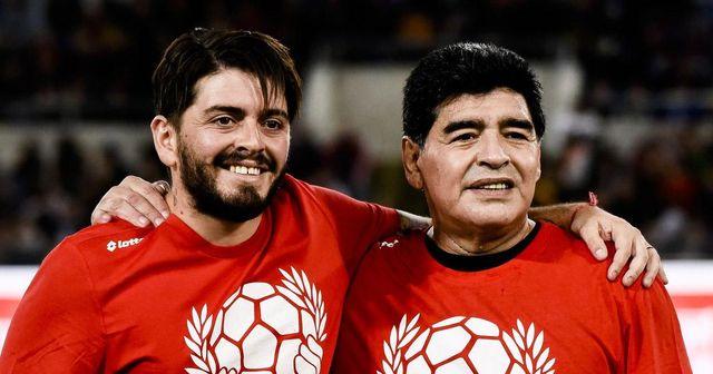 Diego Maradona Jr. cree que el dorsal 10 debería retirarse en todos los ex equipos de su padre, incluido el Barcelona