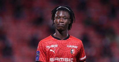 """L'agent de Camavinga """"pousse"""" le jeune vers le Real Madrid, le prix demandé par Rennes révélé (fiabilité: 4 étoiles)"""
