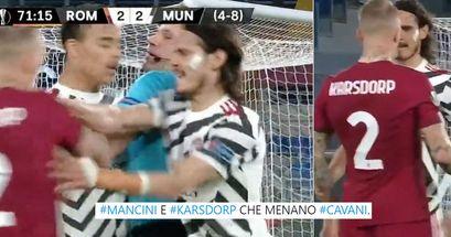 Rissa sfiorata durante Roma-Manchester United: lo scontro all'Olimpico in 3 istantanee