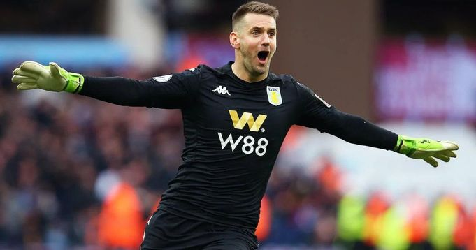 2-year initial deal with an option to extend: Fabrizio Romano reveals Tom Heaton's contract details
