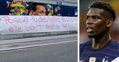 """""""Non ti vogliamo qui"""": duro striscione dei tifosi del PSG contro Pogba, i tifosi della Juve rispondono"""