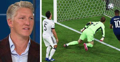 """Schweinsteiger über Eigentor vs. Frankreich: """"Hätte von einem Mats Hummels erwartet, dass er den klären kann"""""""