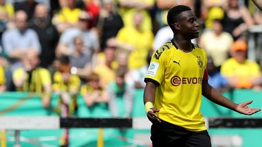 """""""Hatte keine Fußballschuhe"""": Youssoufa Moukoko erinnert an Karrierebeginn bei St. Pauli"""
