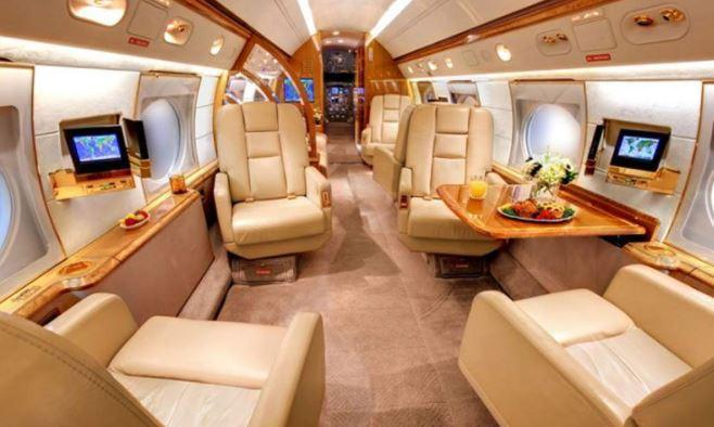 Leo Messi S Wealth House Cars Jet Net Worth Current Contract Sponsorship Deals
