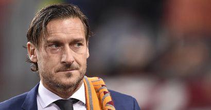 """""""Oggi giochi dove fai soldi, impossibile paragonarlo ai miei tempi"""": Totti parla della Roma, e ricorda dove avrebbe potuto giocare"""