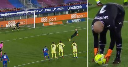 Le gardien d'Eibar marque face à Jan Oblak à la 11e minute. Les gardiens de la Liga n'ont plus marqué depuis 2011