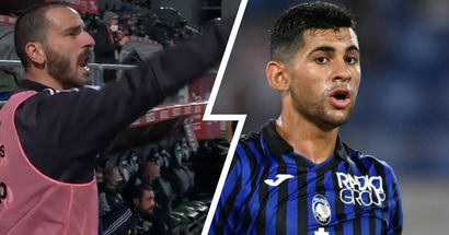 """""""Non fare il fenomeno!"""", Bonucci zittisce Romero dopo l'ennesima protesta"""