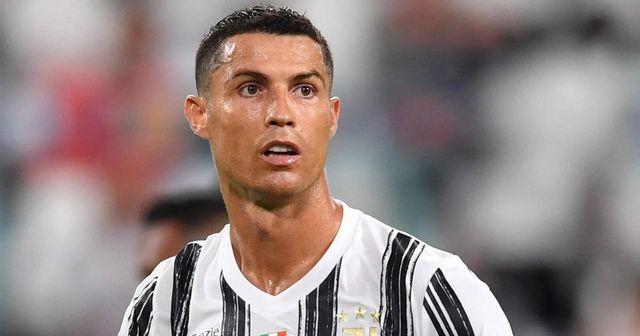 Cristiano Ronaldo est à nouveau testé positif au COVID-19, mais il est possible qu'il soit là lors du match face à Barcelone