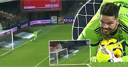 El portero de la Ligue 1 casi anota el gol en propia puerta más ridículo de la historia