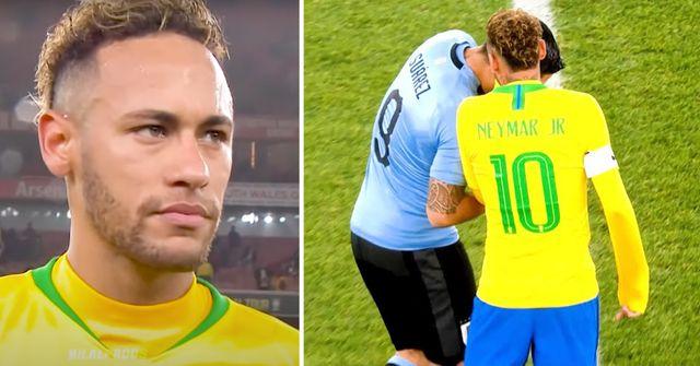 Neymars Gespräch mit Luis Suarez während des Spiels zwischen Brasilien und Uruguay - vor der Kamera gefangen