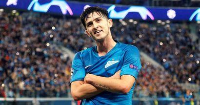 Il Milan non perde di vista Azmoun: i rossoneri hanno una strategia chiara per arrivare all'iraniano